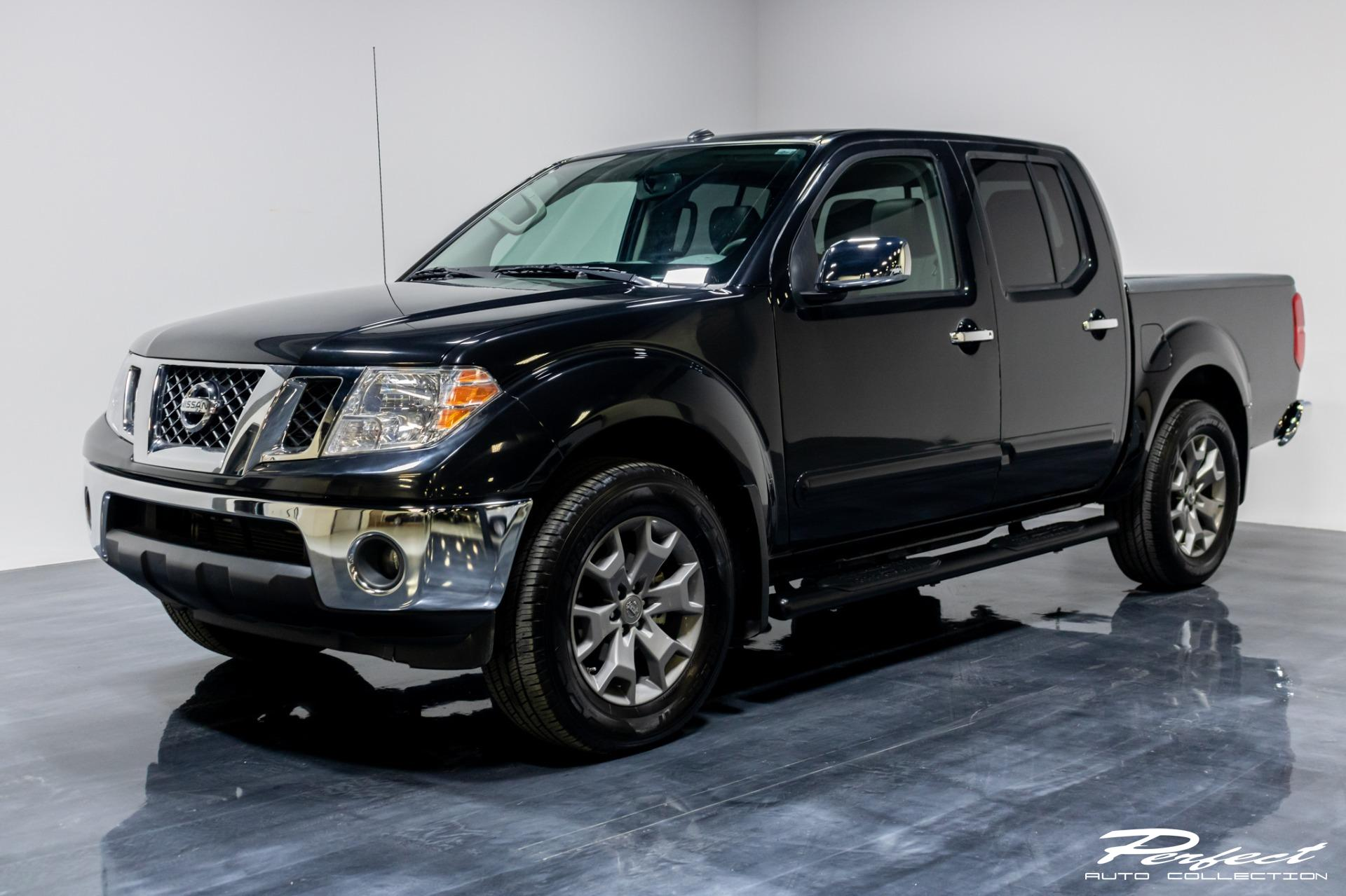 Used 2019 Nissan Frontier Crew Cab SL Pickup 4D 5 ft for sale Sold at Perfect Auto Collection in Akron OH 44310 1