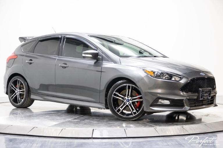 Used 2016 Ford Focus ST
