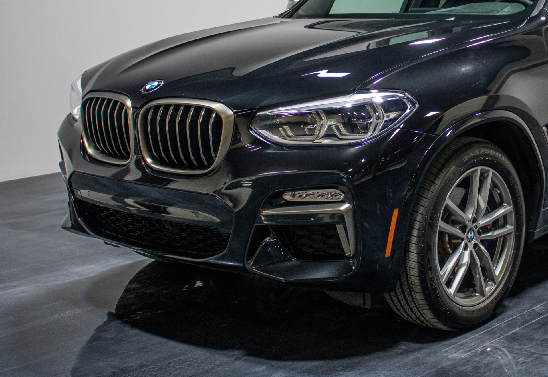 Used 2018 BMW X3 M40i Sport Utility 4D for sale Sold at Perfect Auto Collection in Akron OH 44310 3
