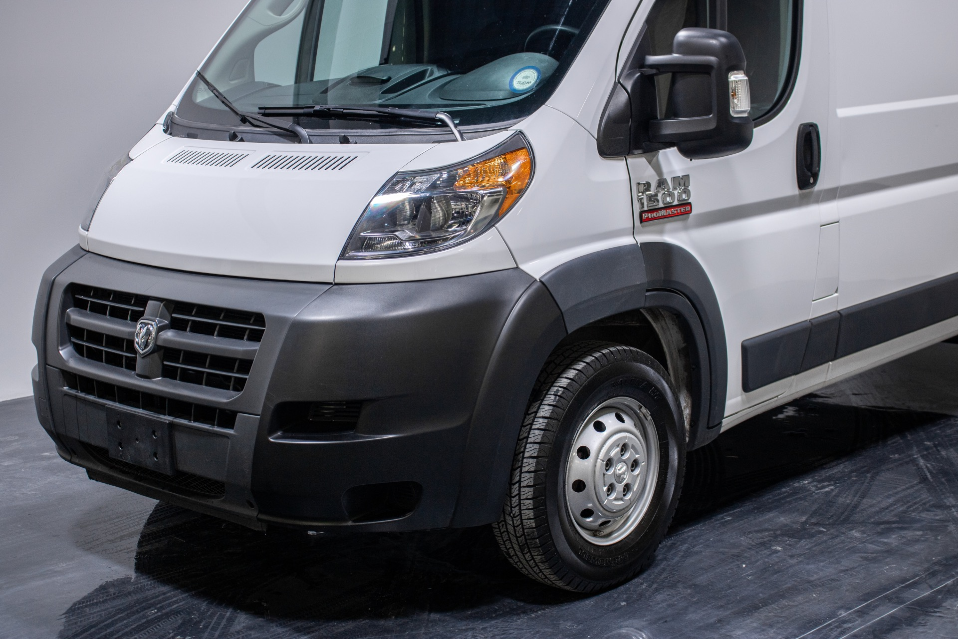 Used 2018 Ram ProMaster Cargo Van 1500 High Roof Van 3D for sale Sold at Perfect Auto Collection in Akron OH 44310 2