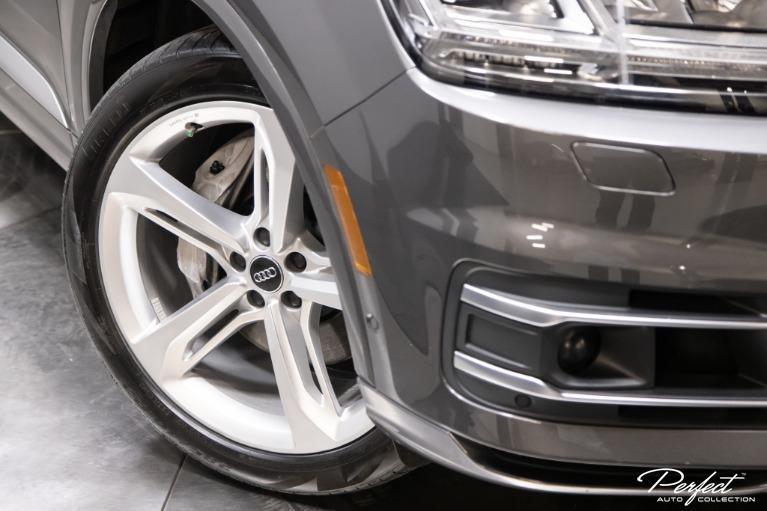 Used 2019 Audi Q7 30T quattro Prestige
