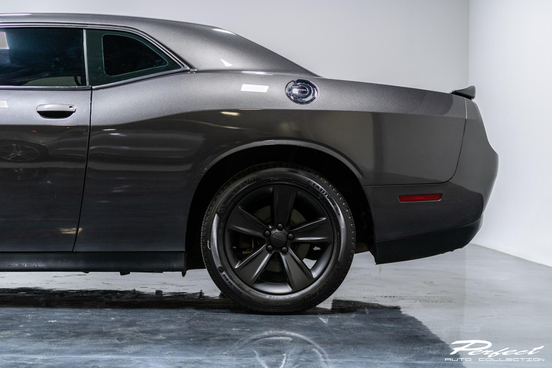 Used 2016 Dodge Challenger SXT