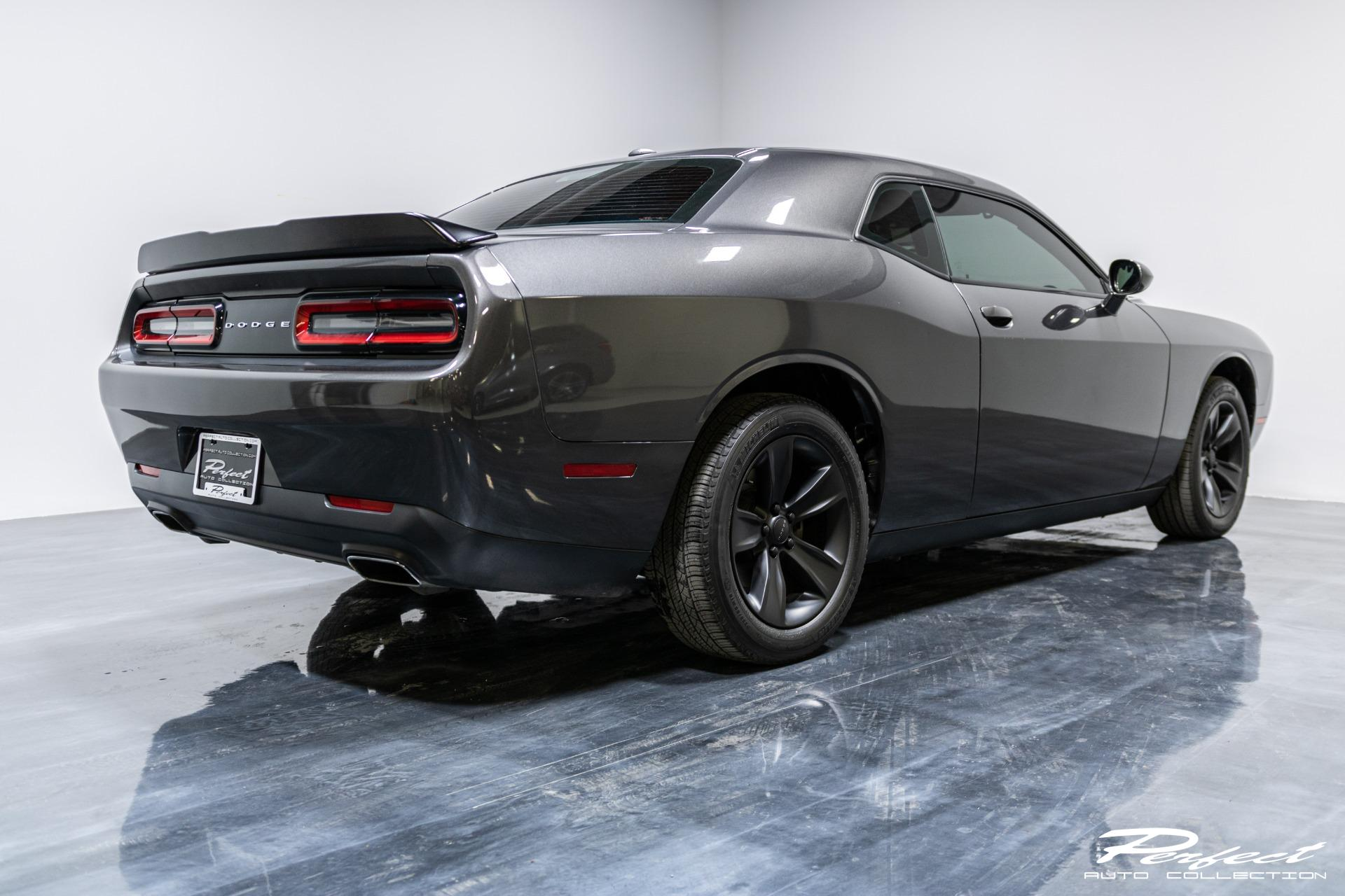 Used 2016 Dodge Challenger SXT for sale Sold at Perfect Auto Collection in Akron OH 44310 4