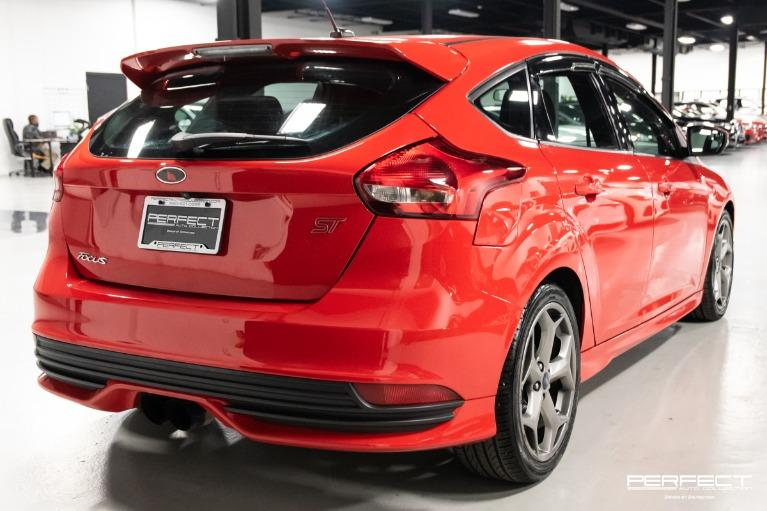 Used 2017 Ford Focus ST