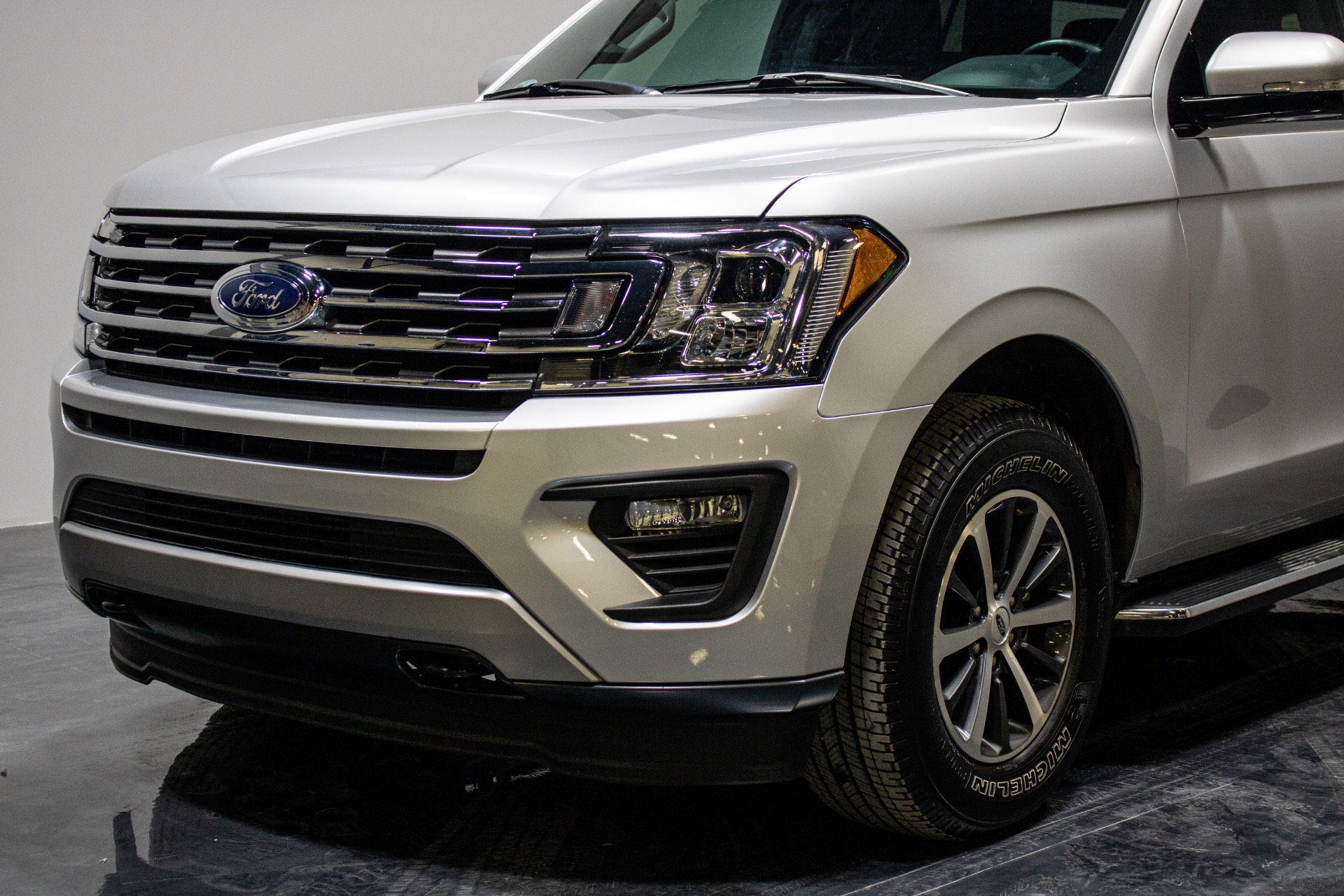 Used 2018 Ford Expedition MAX XLT Sport Utility 4D