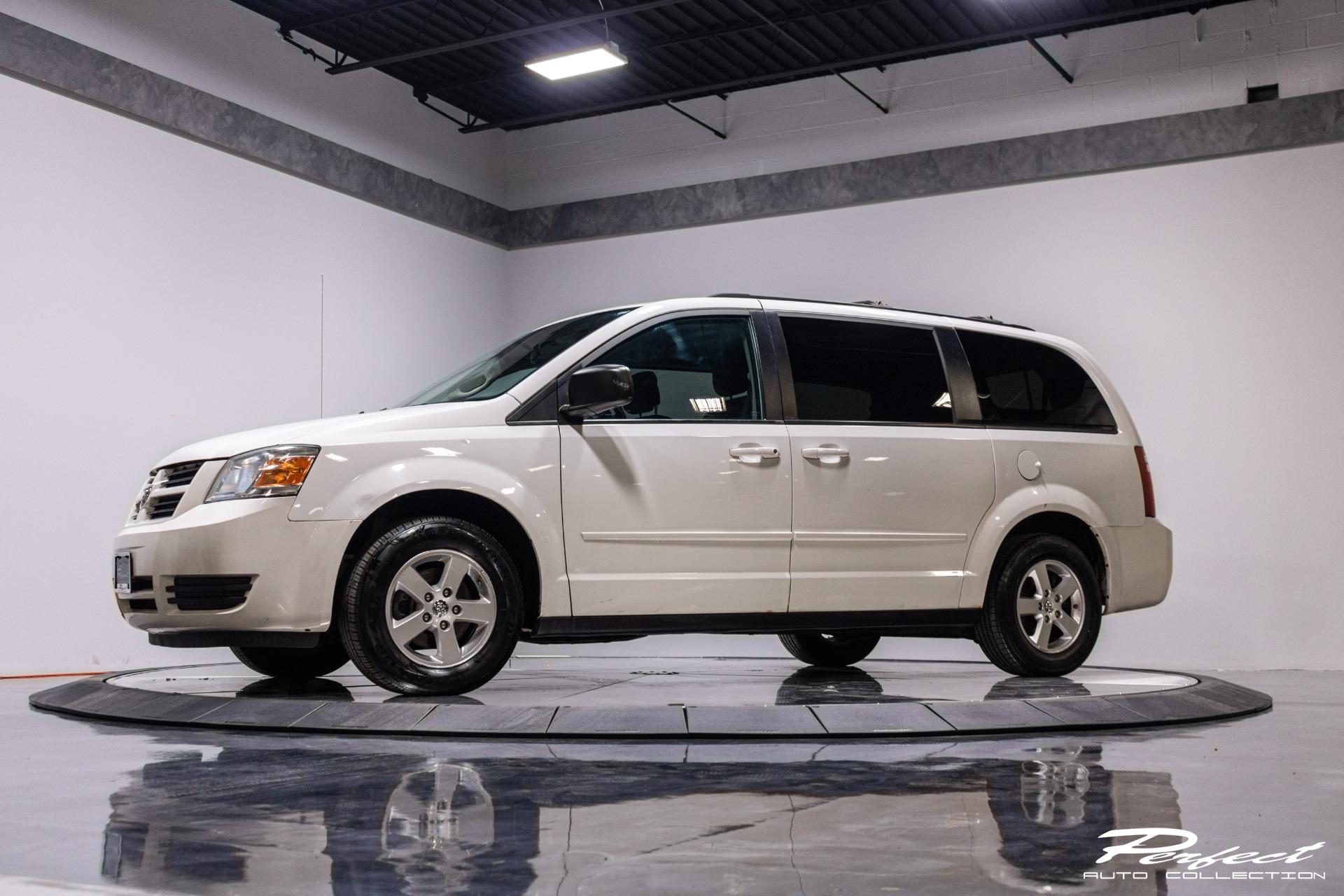 Used 2010 Dodge Grand Caravan Hero