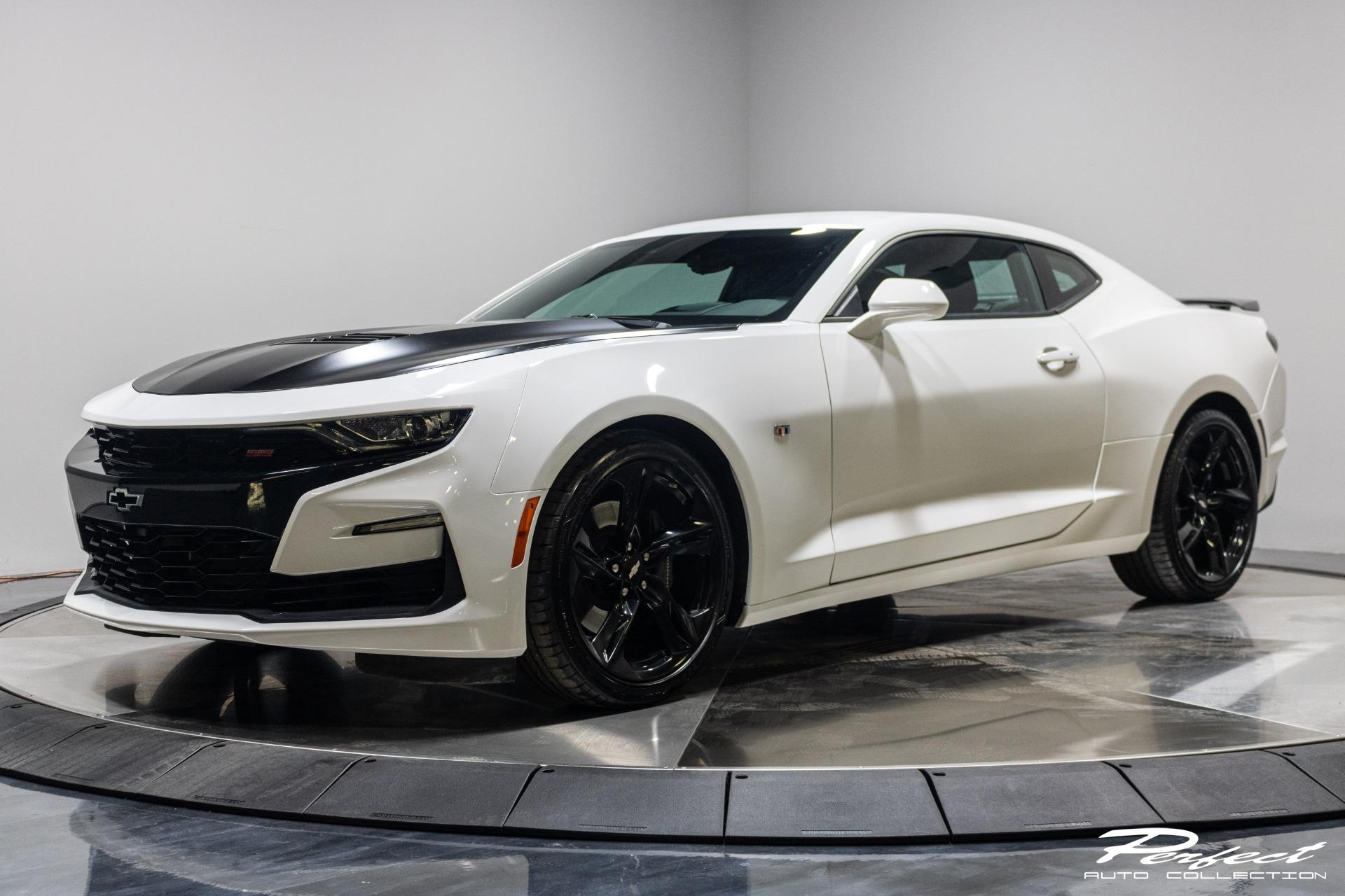 Used 2019 Chevrolet Camaro 2SS Coupe 2D for sale Sold at Perfect Auto Collection in Akron OH 44310 1