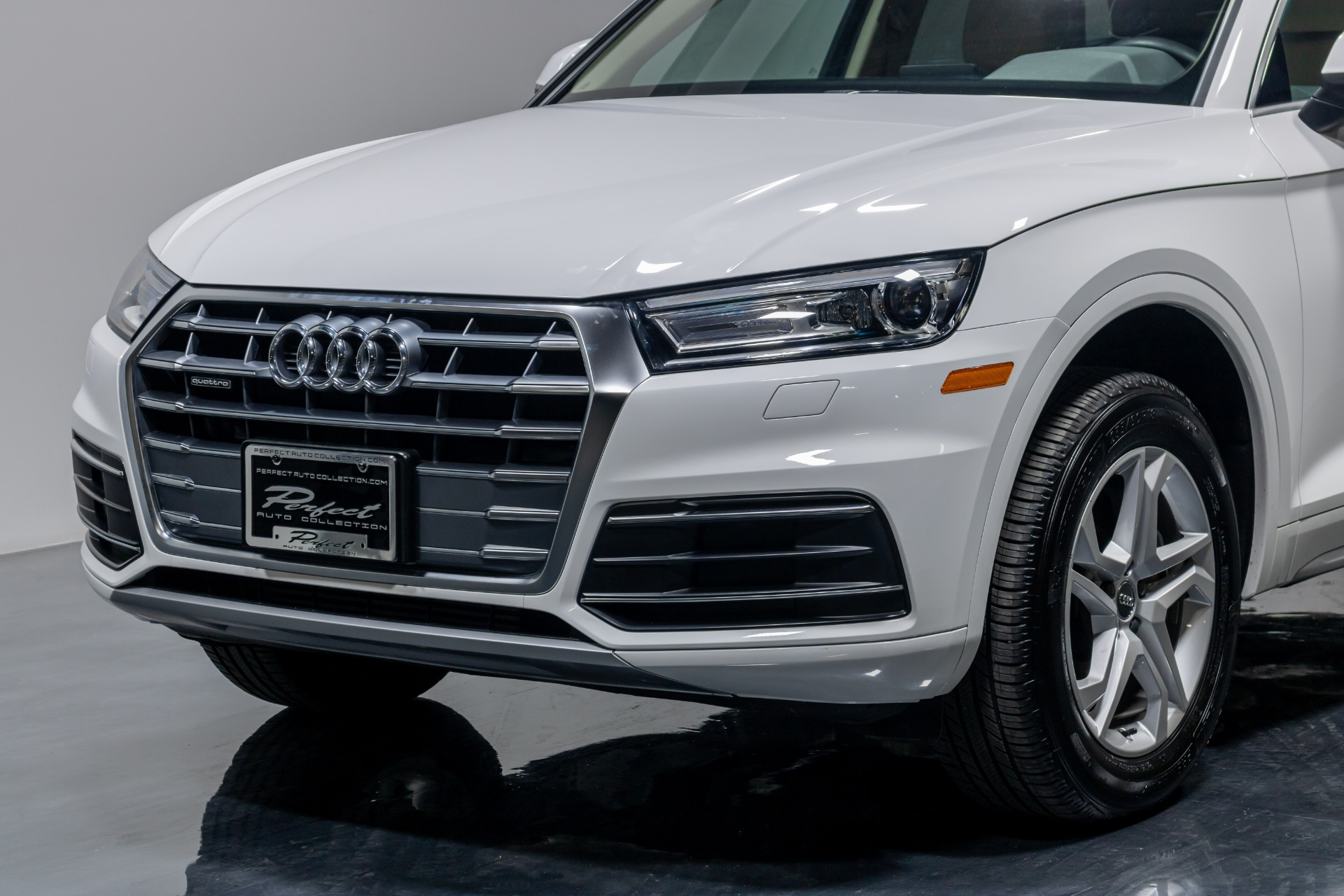 Used 2019 Audi Q5 Premium Sport Utility 4D for sale Sold at Perfect Auto Collection in Akron OH 44310 3