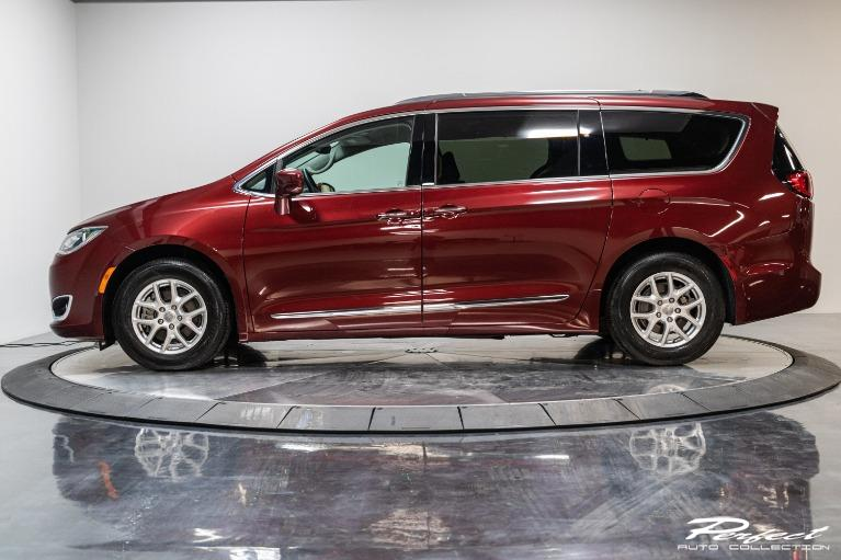 Used 2020 Chrysler Pacifica Touring L