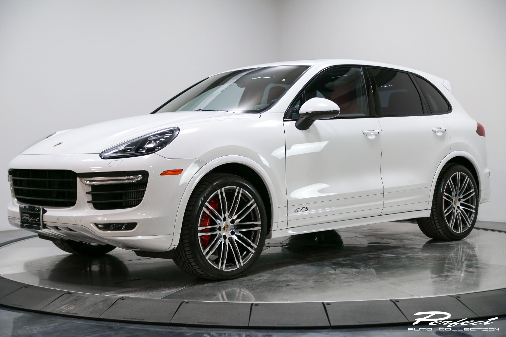 Used 2016 Porsche Cayenne GTS for sale Sold at Perfect Auto Collection in Akron OH 44310 1