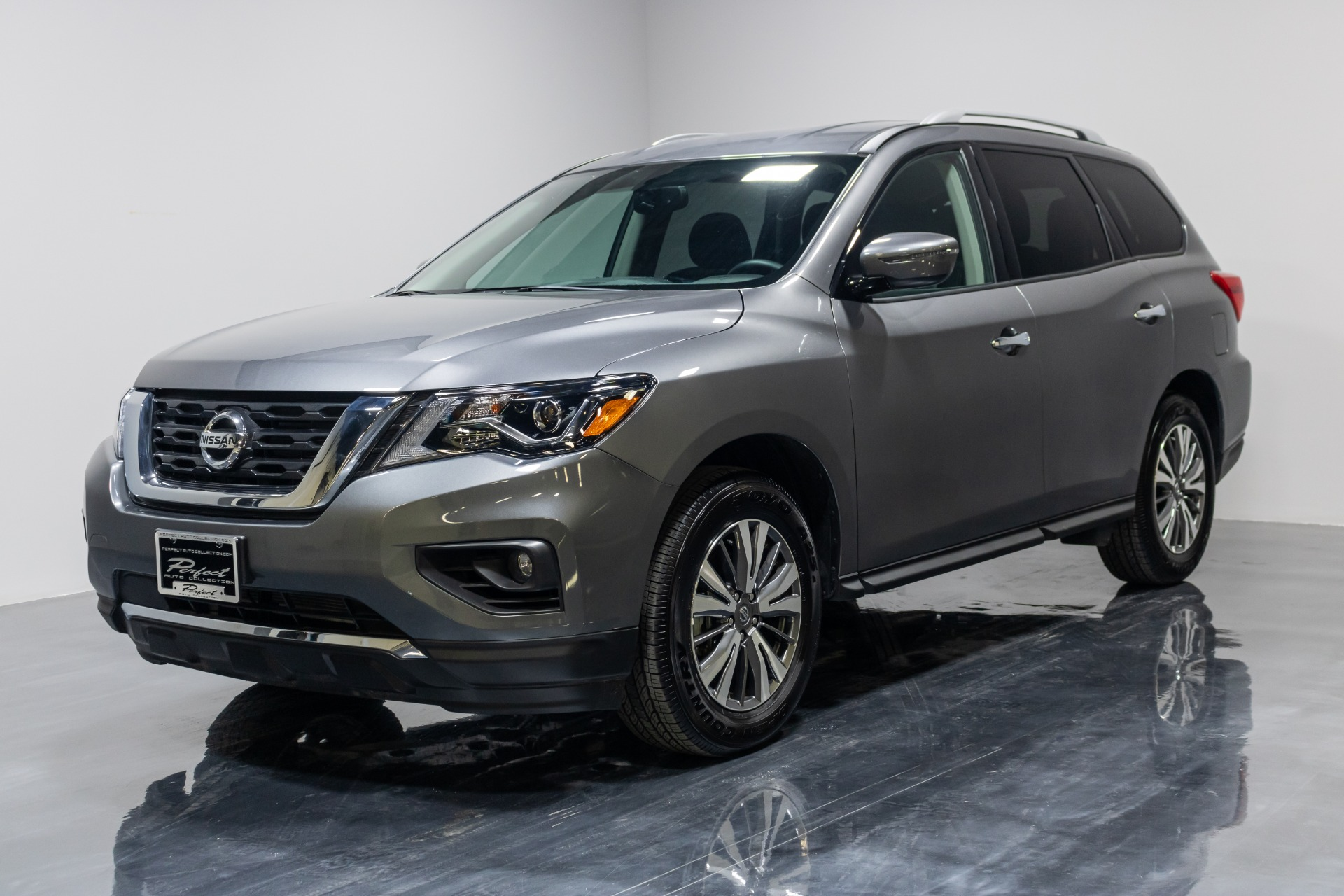Used 2019 Nissan Pathfinder SV Sport Utility 4D For Sale ...
