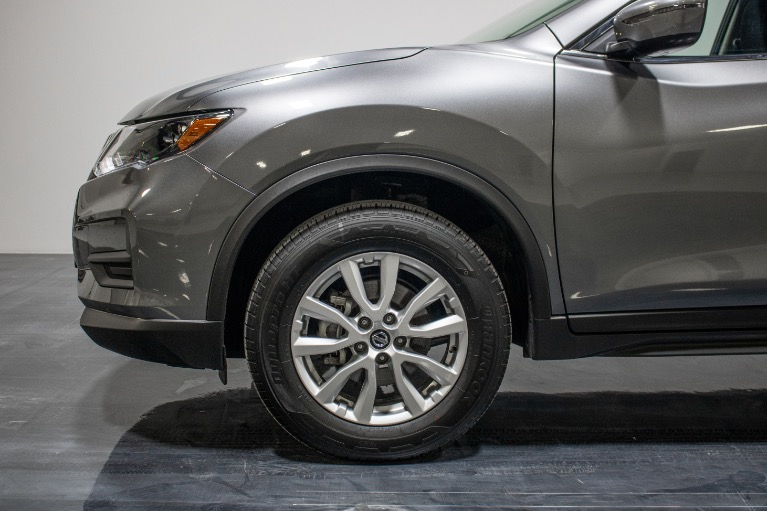 Used 2019 Nissan Rogue SV Sport Utility 4D