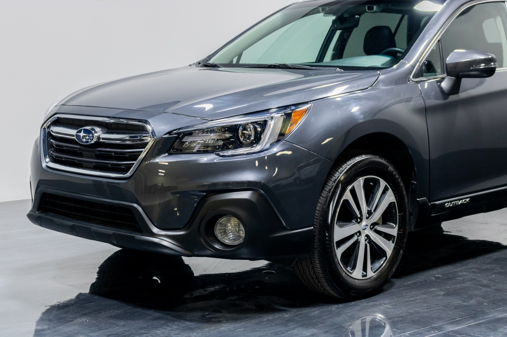 Used 2019 Subaru Outback 2.5i Limited Wagon 4D for sale Sold at Perfect Auto Collection in Akron OH 44310 3