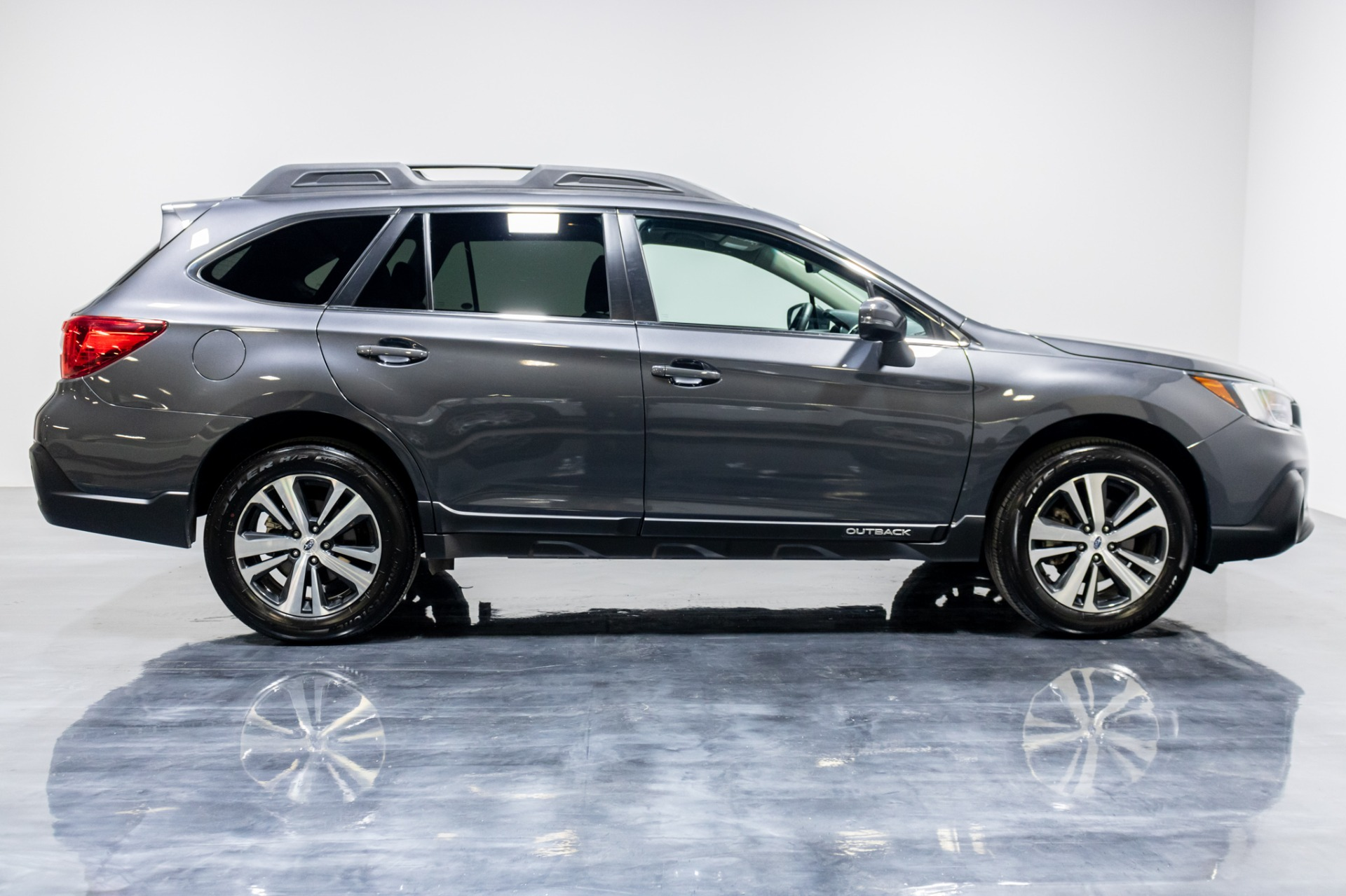 Used 2019 Subaru Outback 25i Limited Wagon 4D