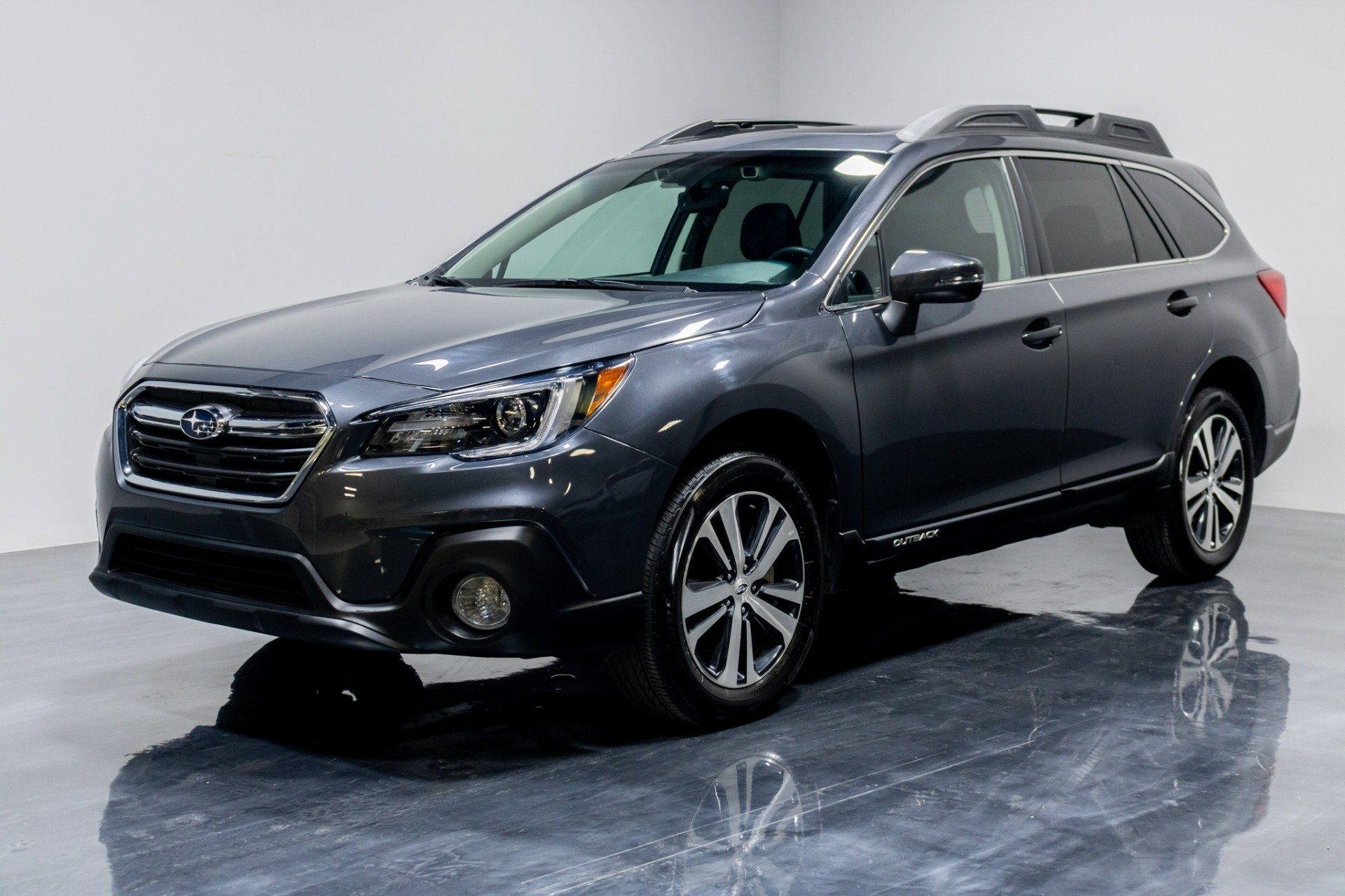 Used 2019 Subaru Outback 2.5i Limited Wagon 4D for sale Sold at Perfect Auto Collection in Akron OH 44310 1