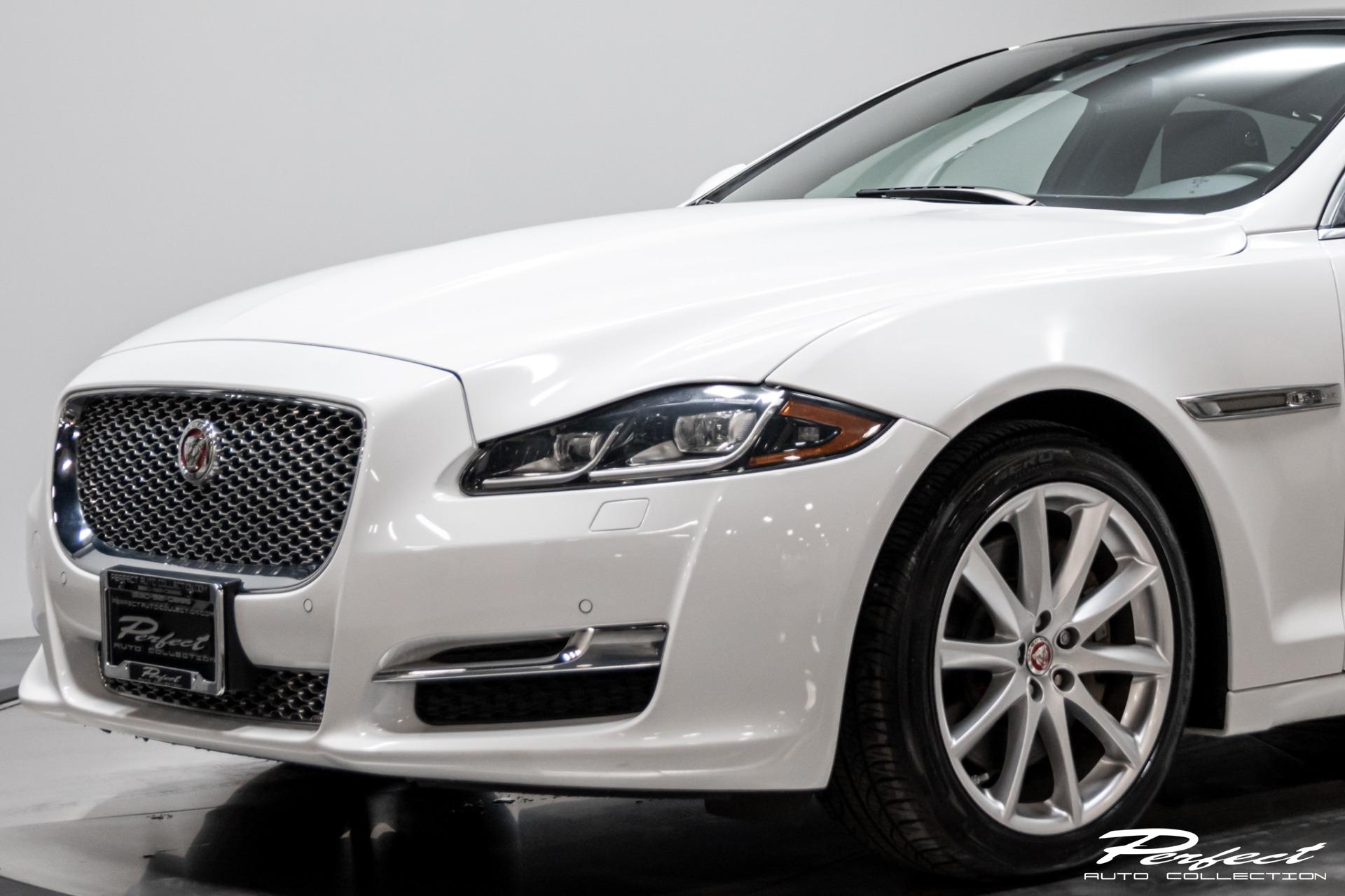 Used 2016 Jaguar XJL Portfolio for sale $36,993 at Perfect Auto Collection in Akron OH 44310 4