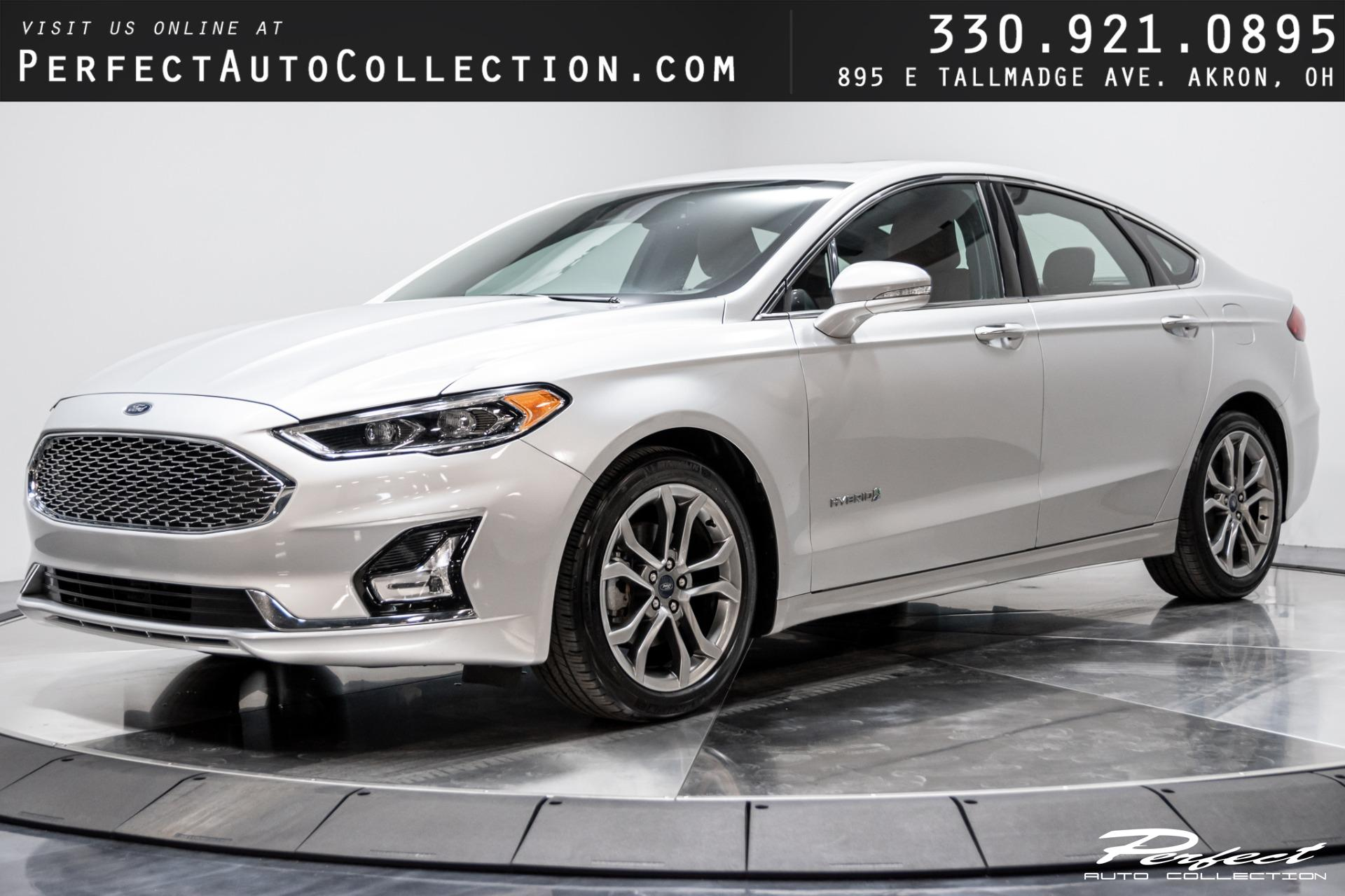 Used 2019 Ford Fusion Hybrid Titanium for sale $18,493 at Perfect Auto Collection in Akron OH 44310 1