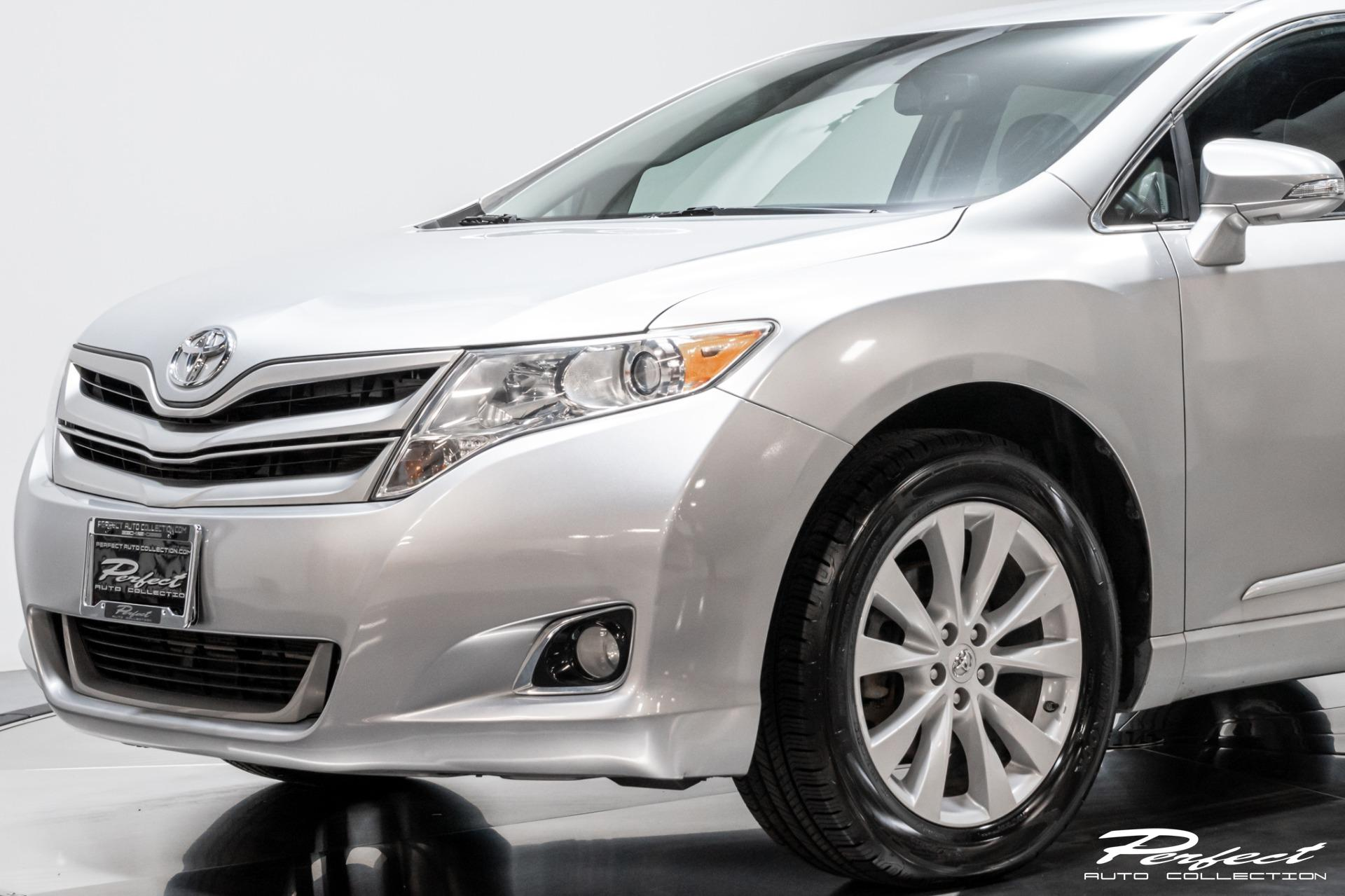 Used 2015 Toyota Venza XLE for sale Sold at Perfect Auto Collection in Akron OH 44310 3
