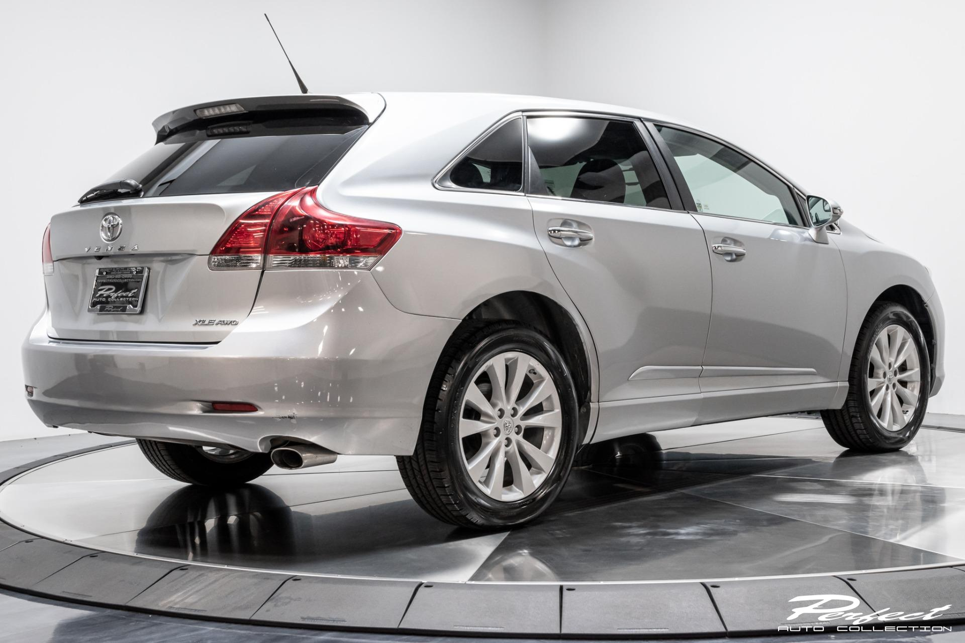 Used 2015 Toyota Venza XLE for sale Sold at Perfect Auto Collection in Akron OH 44310 4