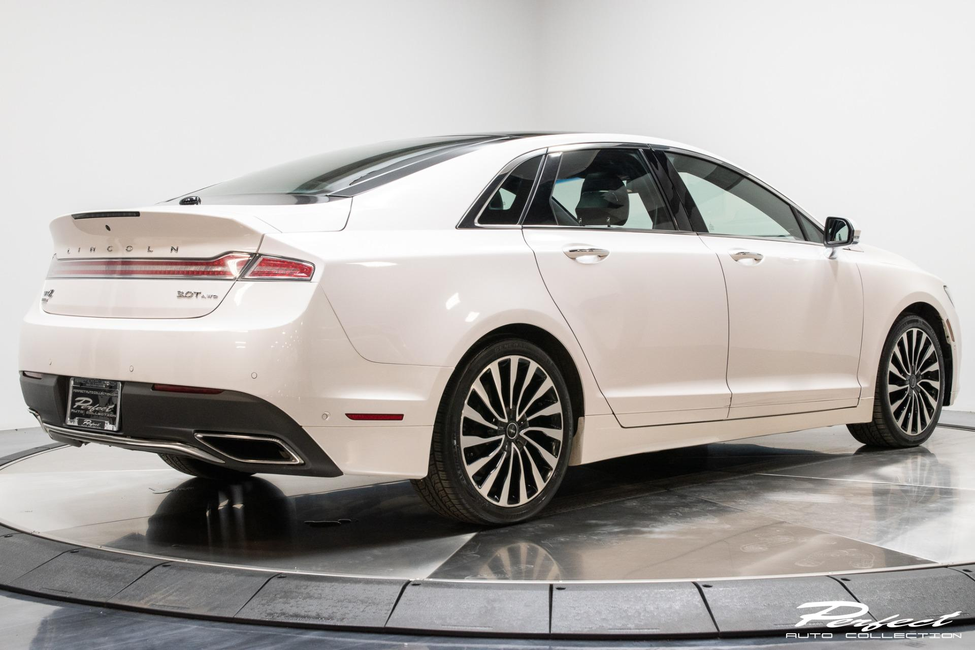 Used 2017 Lincoln MKZ Black Label for sale $26,293 at Perfect Auto Collection in Akron OH 44310 4