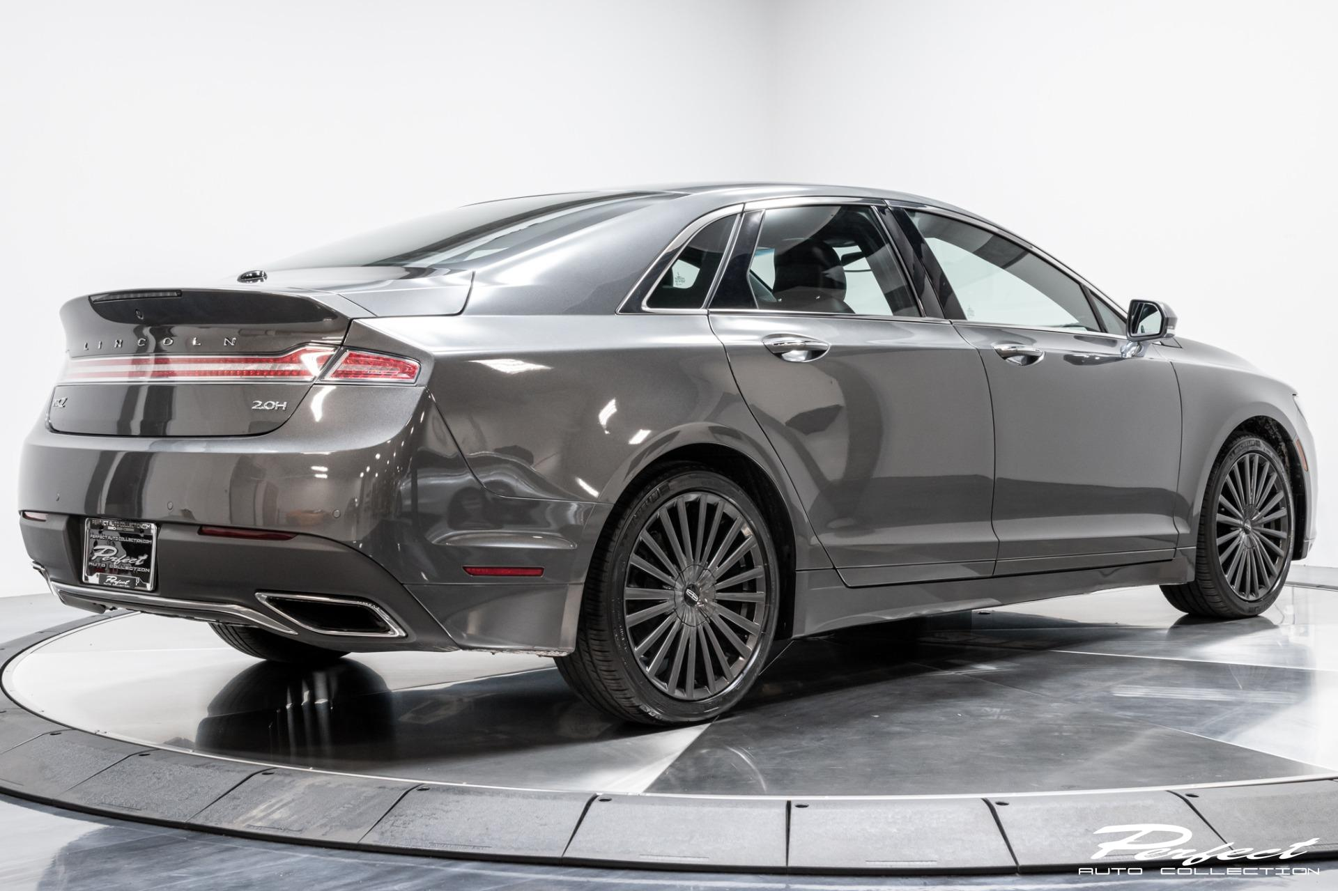 Used 2018 Lincoln MKZ Hybrid Reserve for sale Sold at Perfect Auto Collection in Akron OH 44310 3