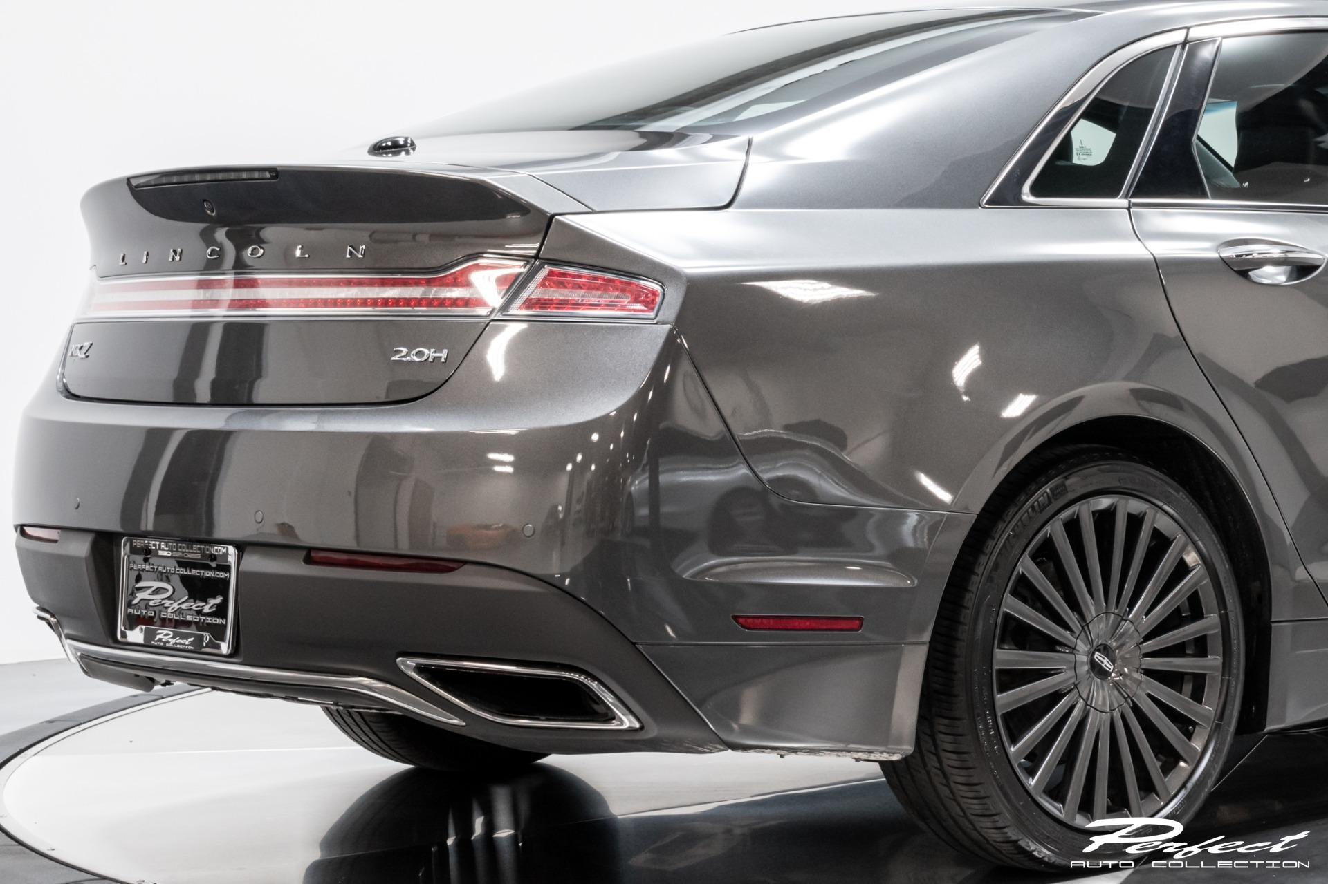 Used 2018 Lincoln MKZ Hybrid Reserve for sale Sold at Perfect Auto Collection in Akron OH 44310 4