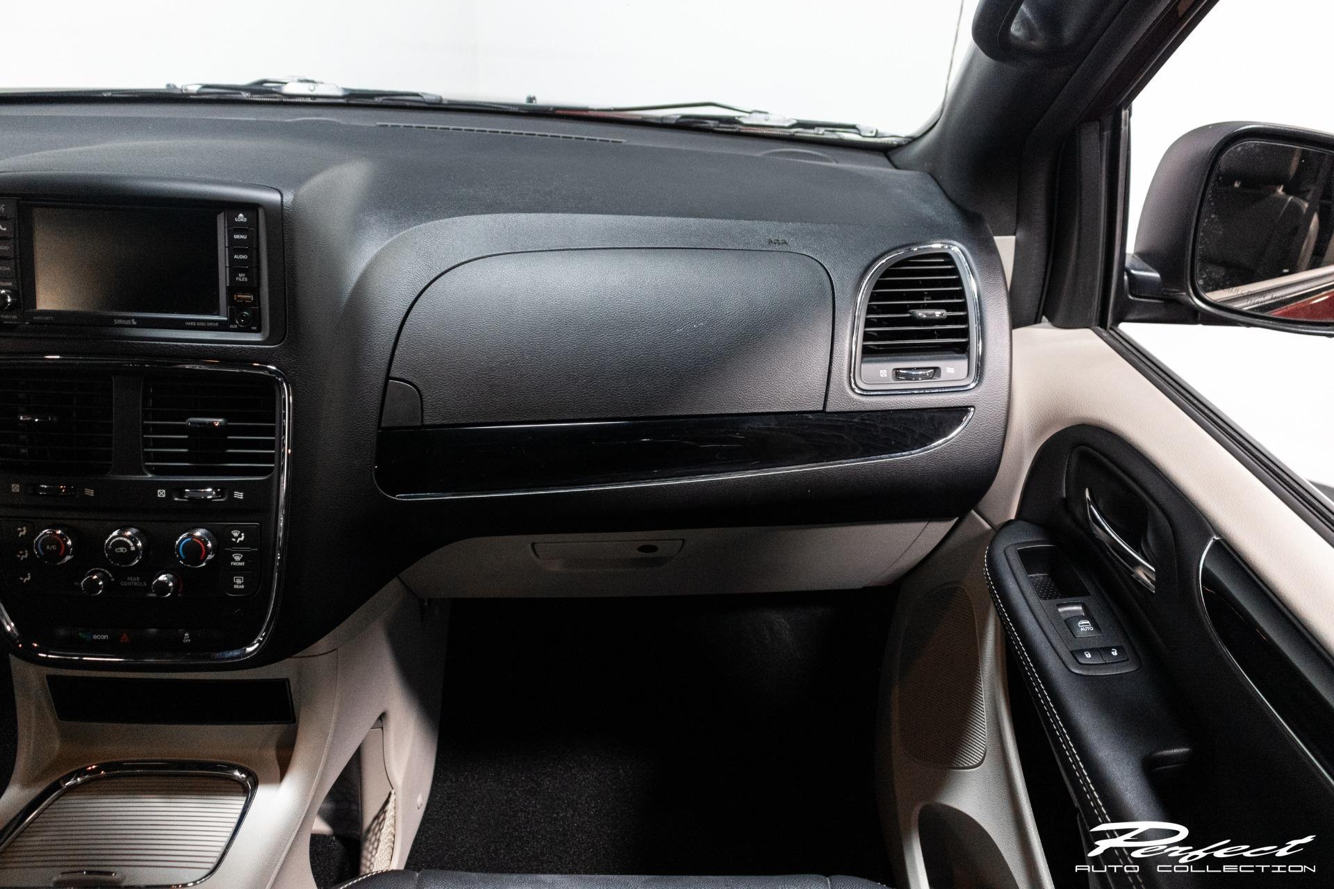Used 2019 Dodge Grand Caravan Passenger SXT Minivan 4D