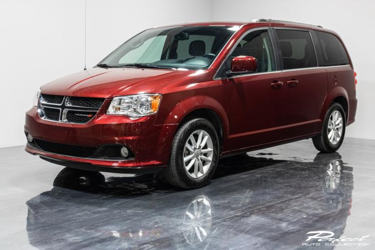 Used 2019 Dodge Grand Caravan Passenger SXT Minivan 4D for sale $17,493 at Perfect Auto Collection in Akron OH