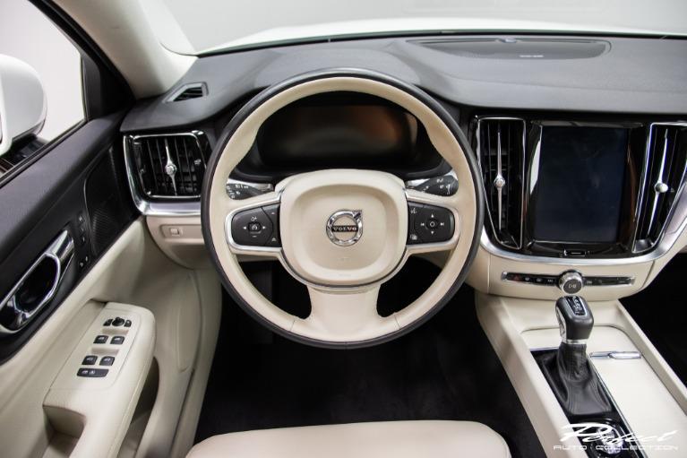 Used 2019 Volvo S60 T6 Momentum