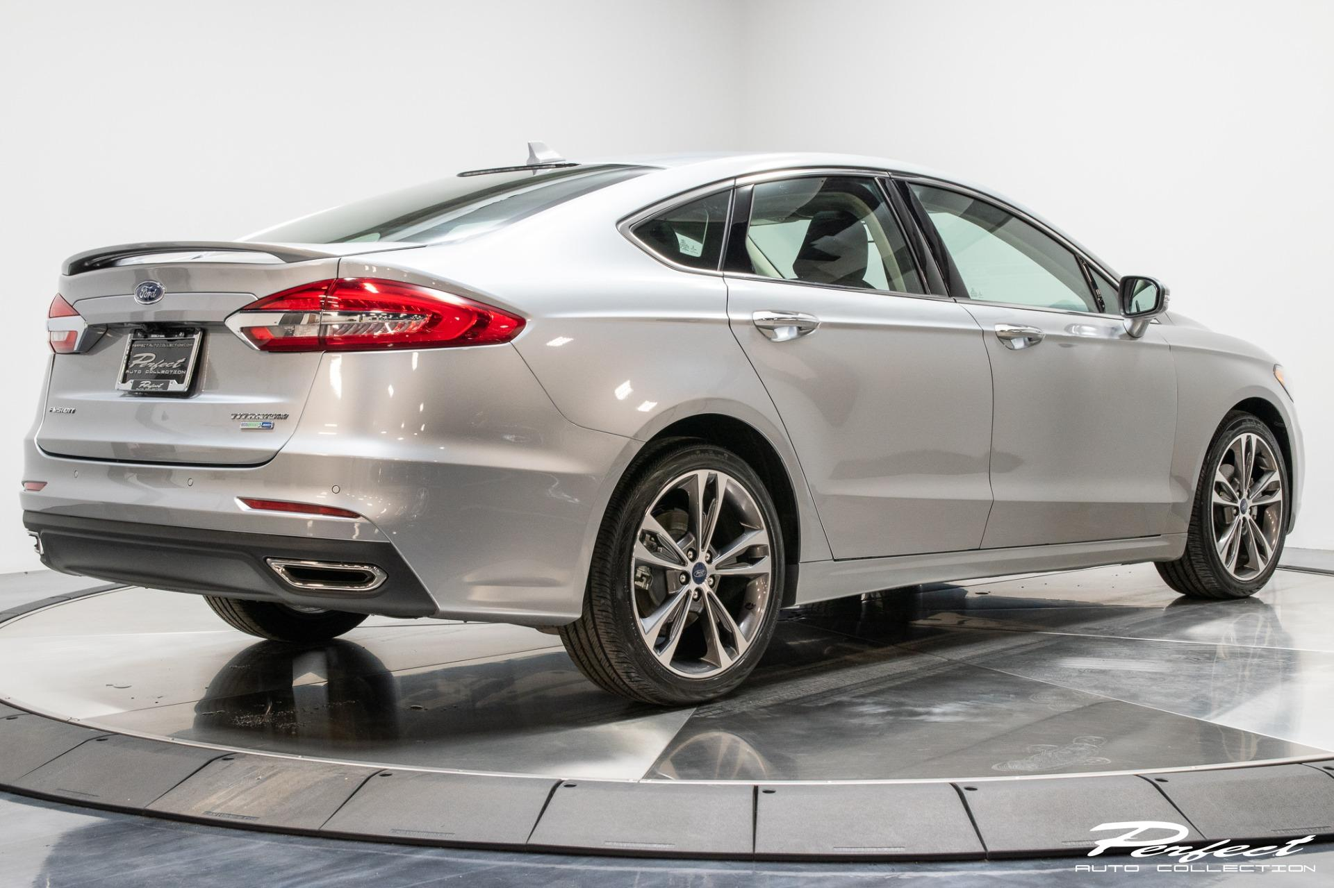 Used 2020 Ford Fusion Titanium for sale Sold at Perfect Auto Collection in Akron OH 44310 4