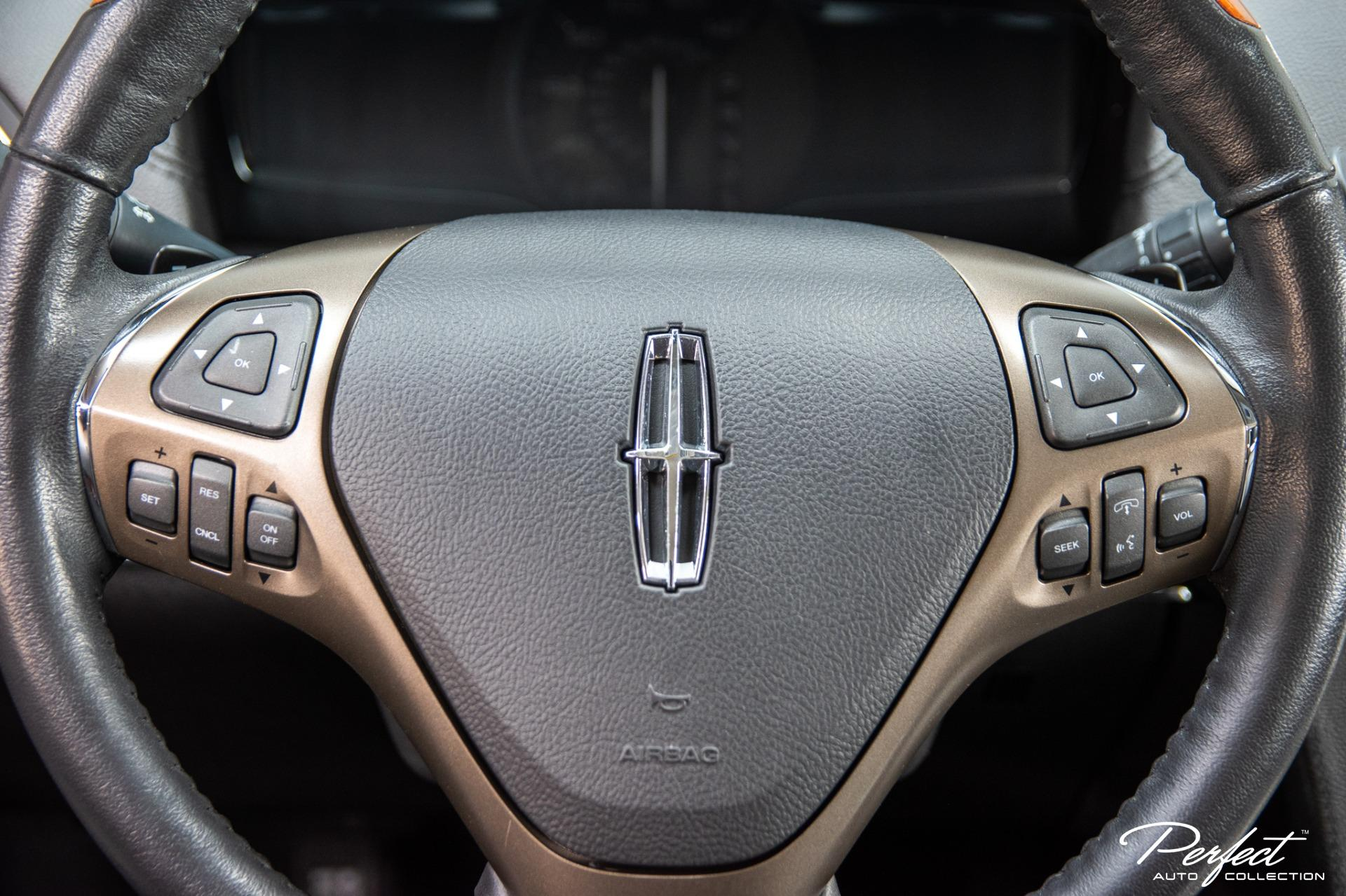 Used 2013 Lincoln MKX Base