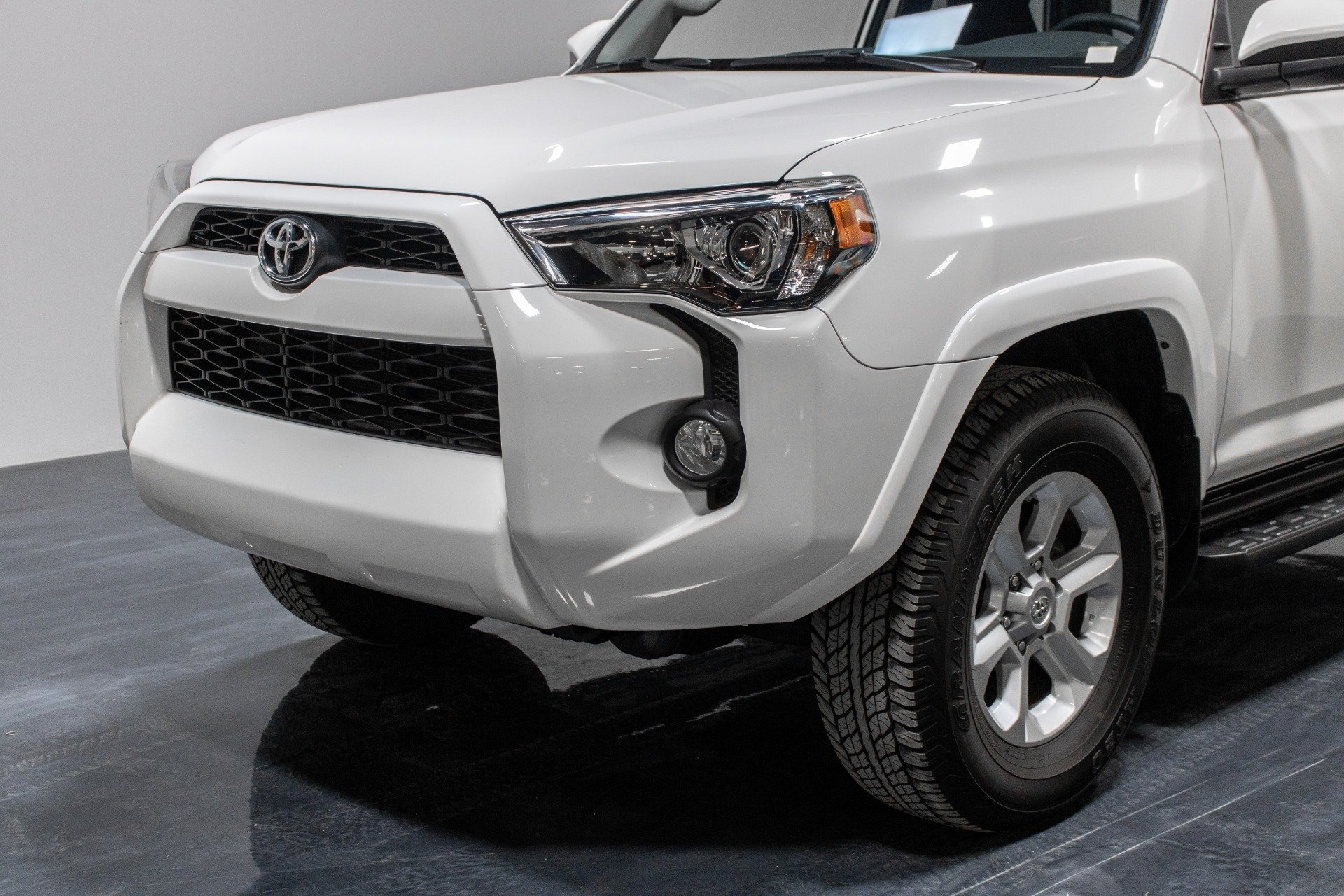 Used 2019 Toyota 4Runner SR5 Premium Sport Utility 4D for sale Sold at Perfect Auto Collection in Akron OH 44310 3