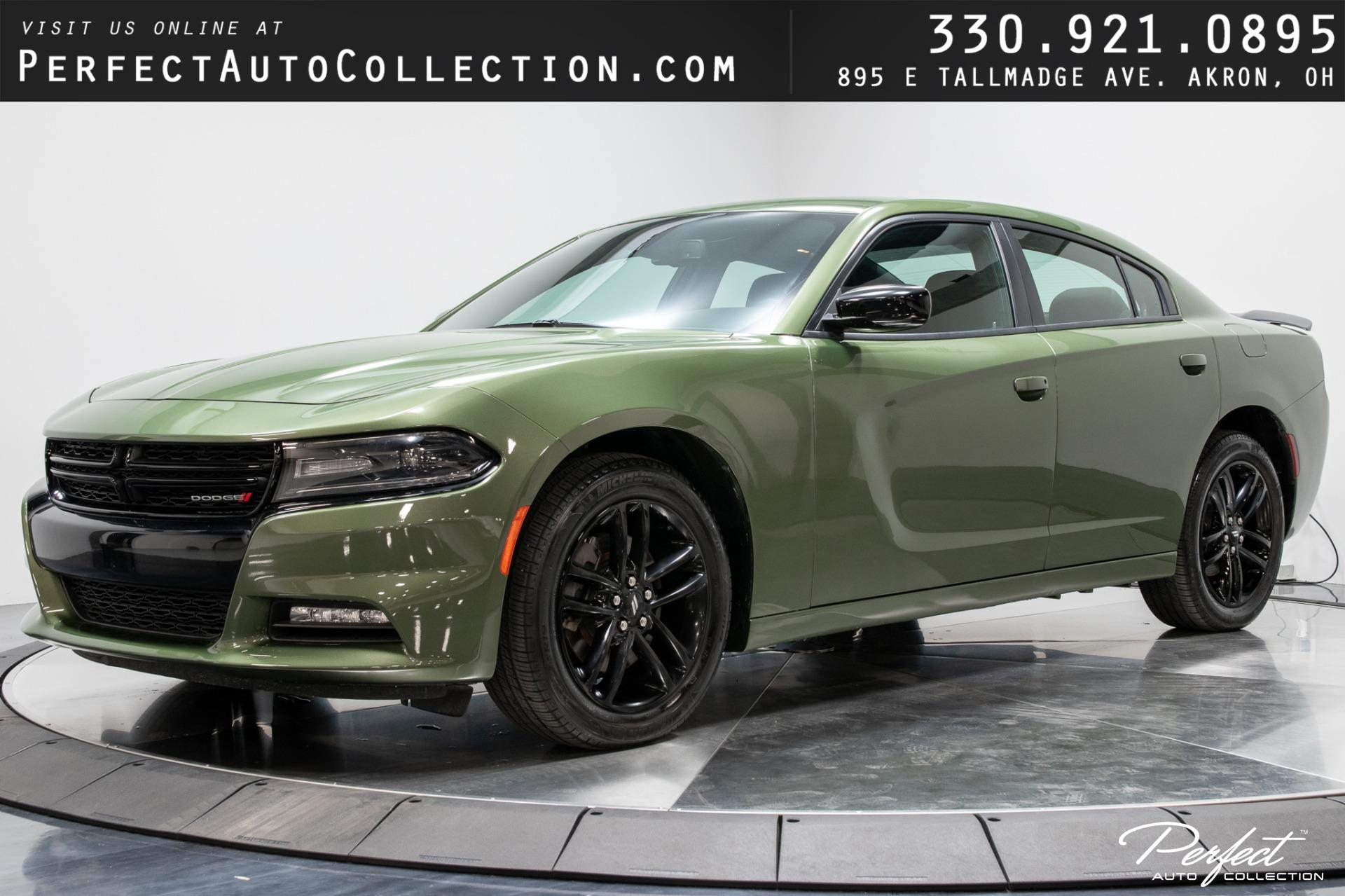 Used 2019 Dodge Charger SXT for sale $26,493 at Perfect Auto Collection in Akron OH 44310 1