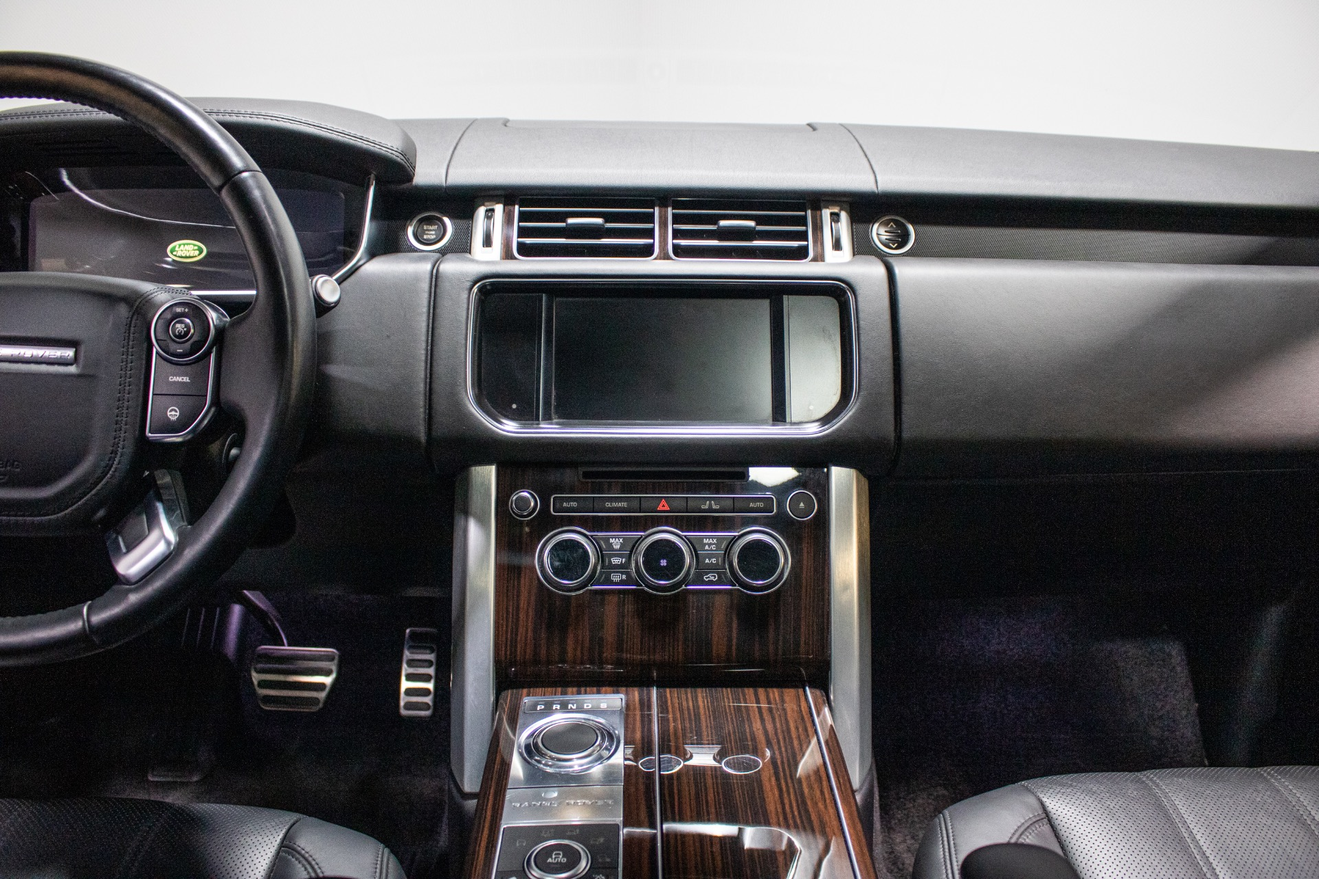 Used 2015 Land Rover Range Rover Supercharged Sport Utility 4D