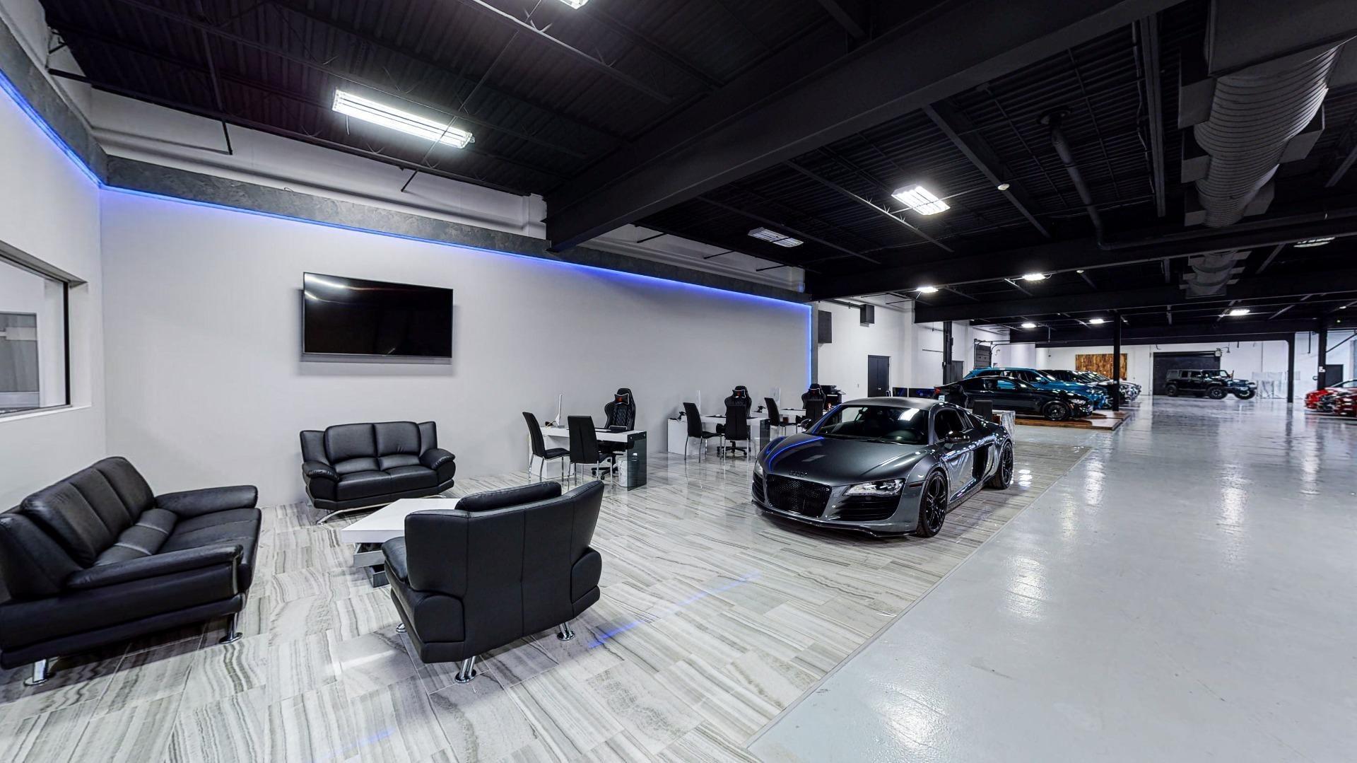 Used 2010 Maserati GranTurismo for sale $38,495 at Perfect Auto Collection in Akron OH 44310 3