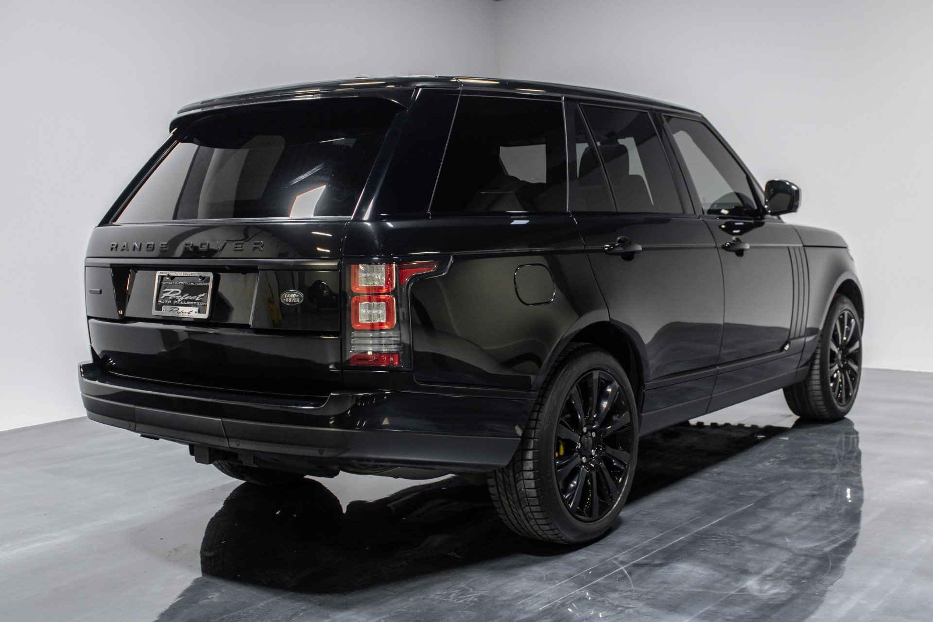 Used 2014 Land Rover Range Rover Supercharged Sport Utility 4D