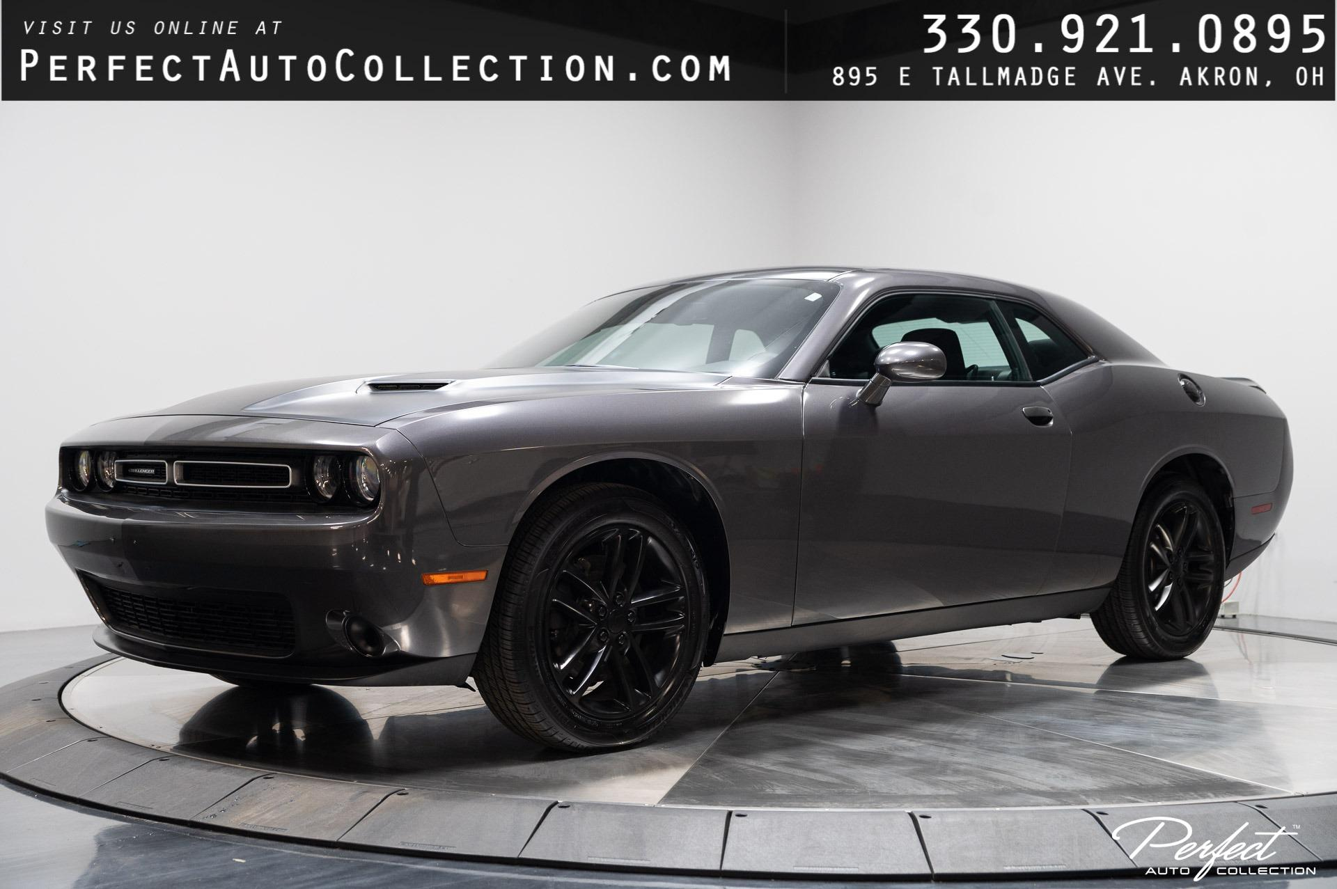 Used 2019 Dodge Challenger SXT for sale $23,895 at Perfect Auto Collection in Akron OH 44310 1