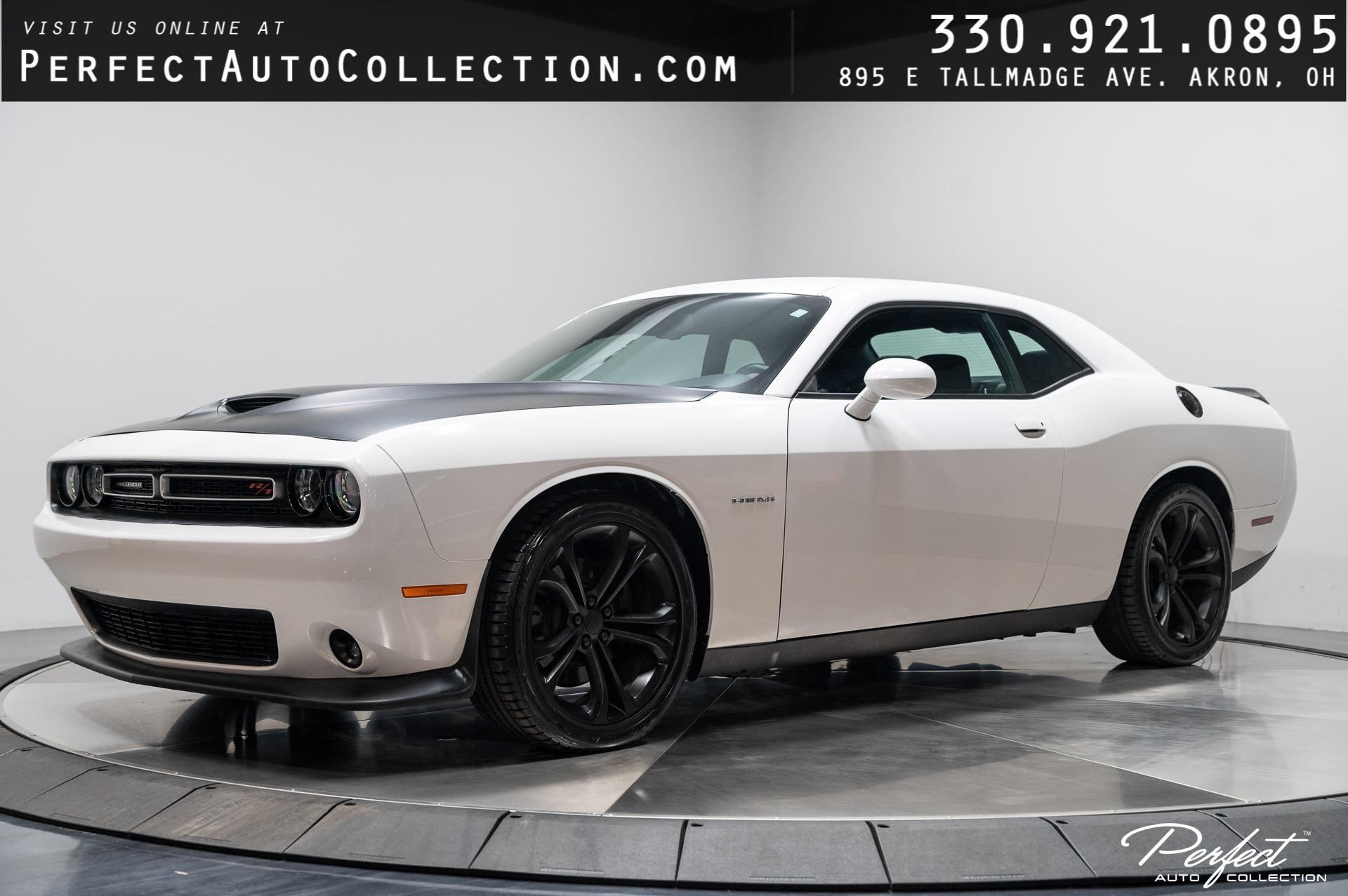 Used 2020 Dodge Challenger R/T for sale $29,993 at Perfect Auto Collection in Akron OH 44310 1