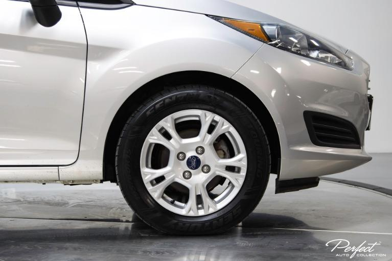 Used 2015 Ford Fiesta SE