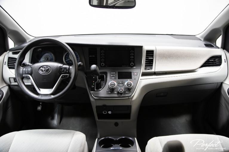 Used 2018 Toyota Sienna LE 8 Passenger
