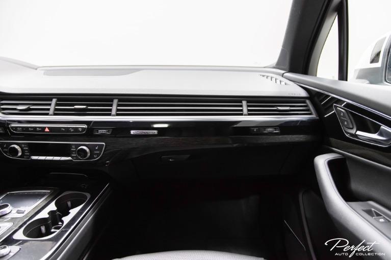 Used 2017 Audi Q7 30T quattro Prestige